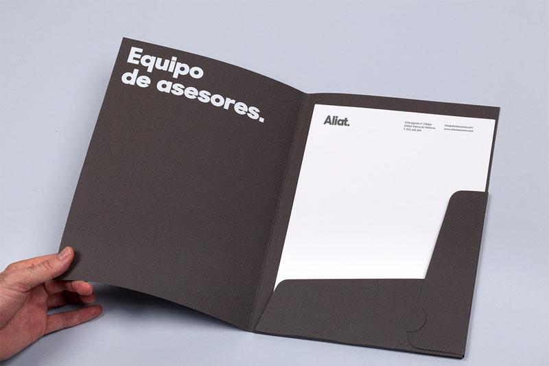 Ejemplos-de-Folders-Creativos-7